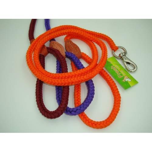 Повод плетено въже , със зашита дръжка